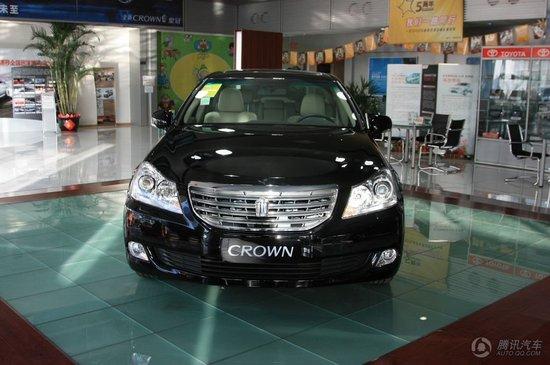 皇冠 价格: 32.85-89.96 万元 品牌:一汽丰田